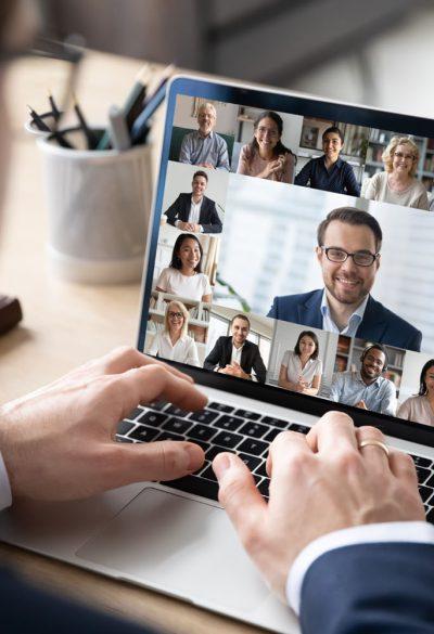 Videokonferenz sstock 689338005 klein 400x585